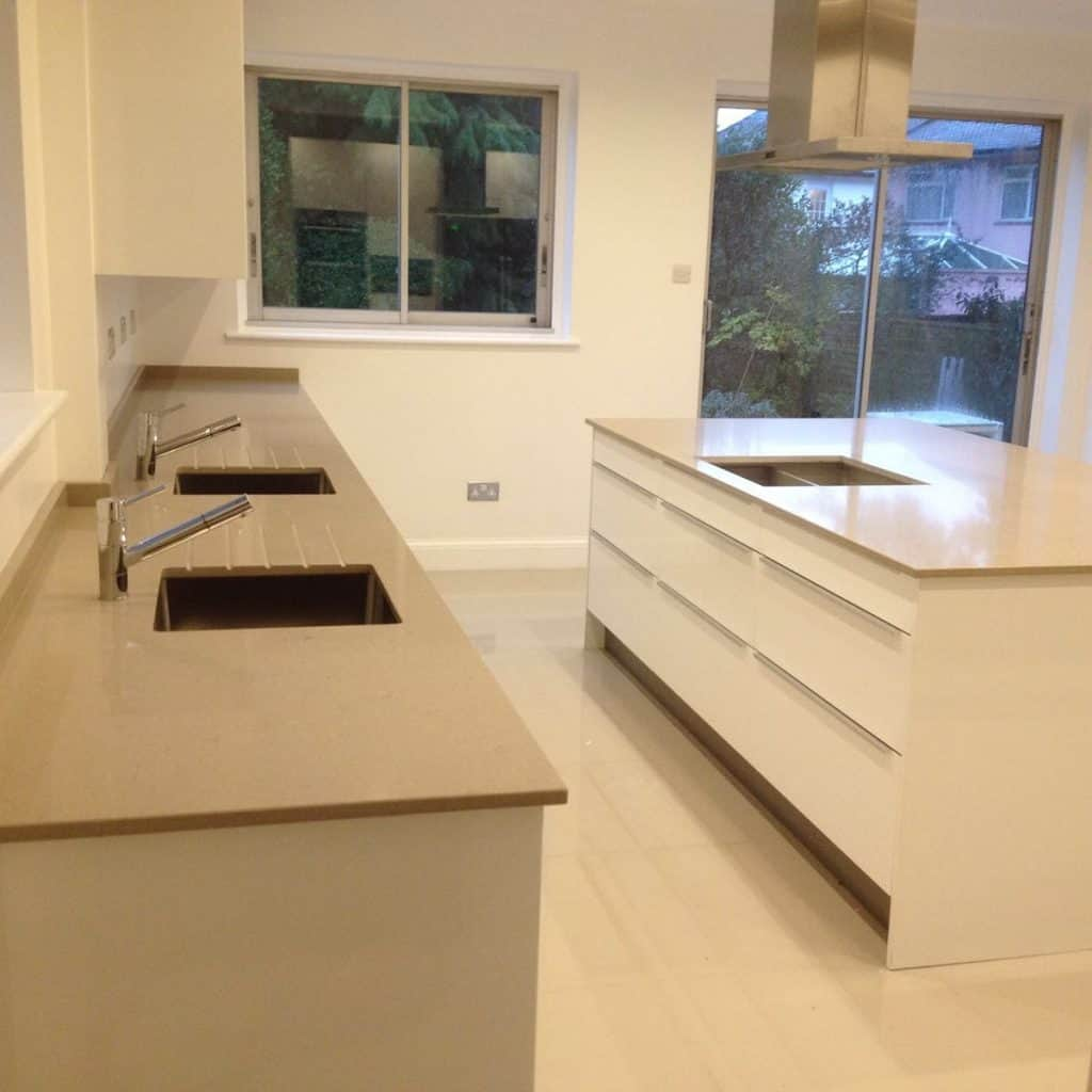 Kitchen Remodel Kent Wa: Advantages And Disadvantage Of Quartz Worktops